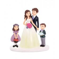 Figura novios en familia