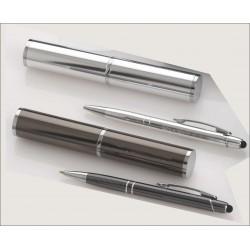 Bolígrafo de metal presentado en estuche a juego